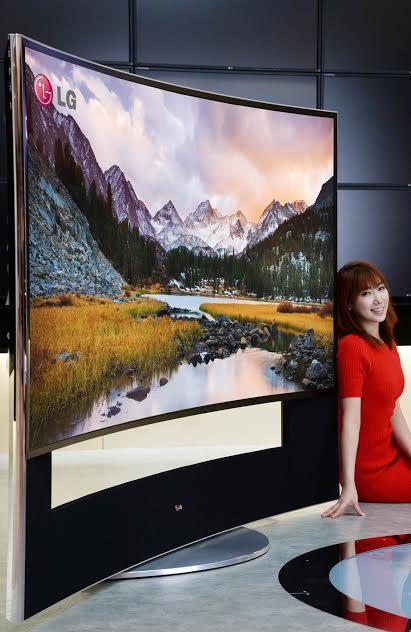 LG TV ULTRA HD CURVED