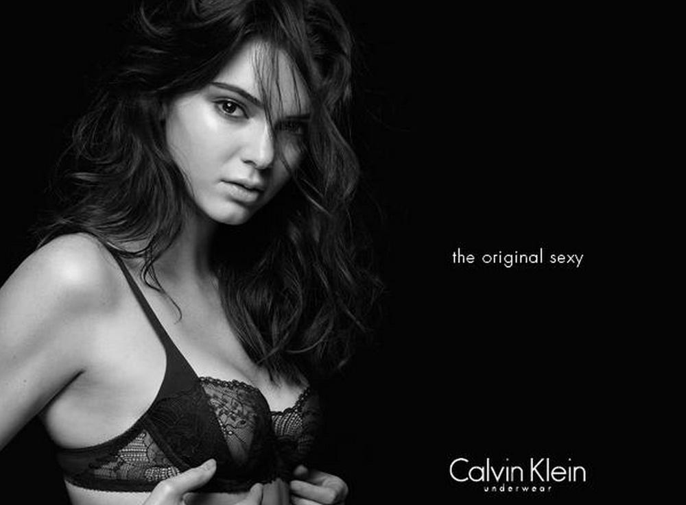 Kendall Jenner posa en topless para Calvin Klein